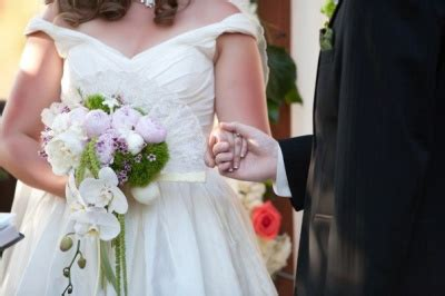 customary fee for wedding officiant what to consider when choosing your wedding officiant