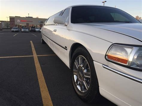 2006 lincoln town car for sale