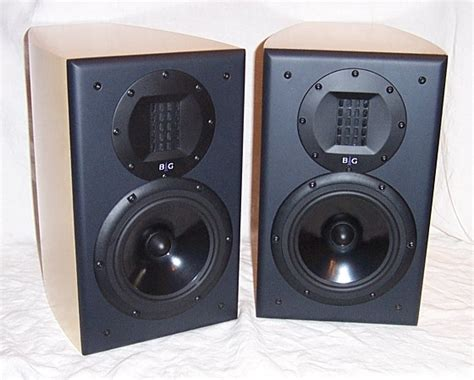 bookshelf speaker recommendation