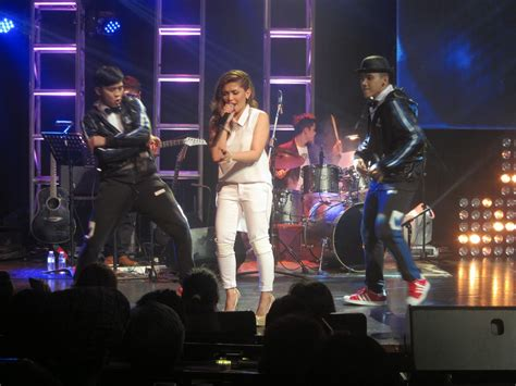 kz tandingan free listening videos concerts stats and my fabe music kz tandingan sang great in jazzified concert
