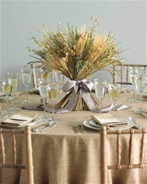 centro de mesa con espigas 7 ideas originales para centros de mesa de bodas