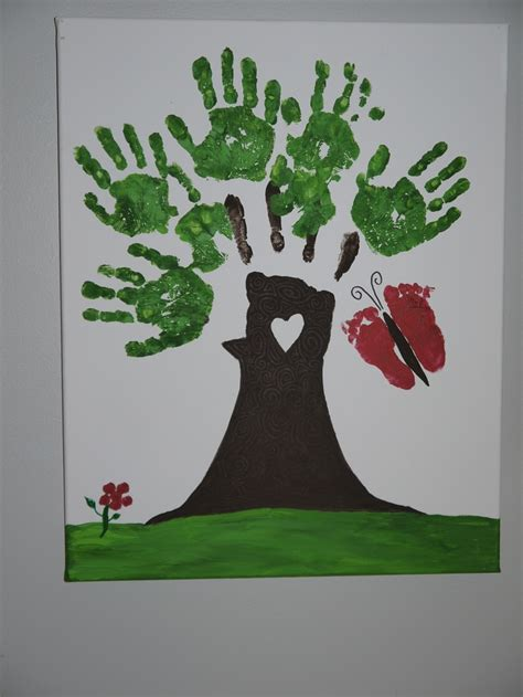 3 handprints tree 1000 images about handprint on granddaughters card crafts and prints
