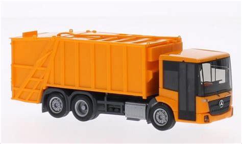 Diecast Replika Miniatur Merchedes 160 mercedes econic pressmullwagen orange herpa diecast model car 1 87 buy sell diecast car on
