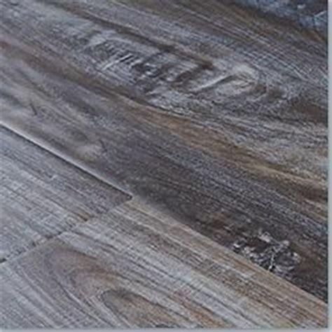Gray Wood Laminate Flooring Best 25 Grey Laminate Flooring Ideas On Pinterest Laminate Flooring Near Me Laminate