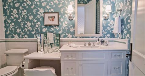 a comprehensive guide to choosing the vanity table
