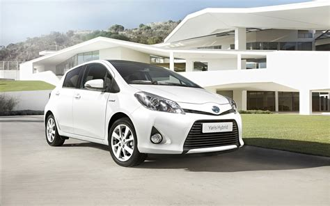 2013 Yaris Toyota Toyota Yaris Hybrid 2013 Widescreen Car Wallpaper