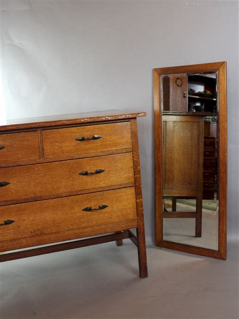 arts and crafts bedroom furniture arts and crafts bedroom suite by arthur simpson antiques