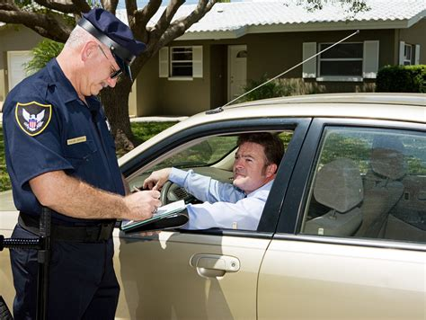 bench warrant for traffic ticket warrants for traffic tickets explained