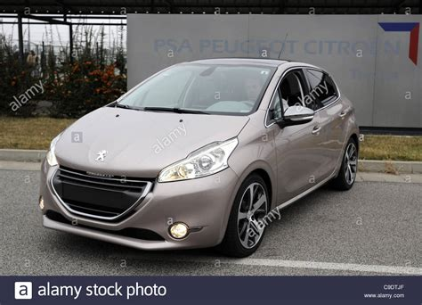 peugeot 208 models the new model peugeot 208 was introduced in psa peugeot