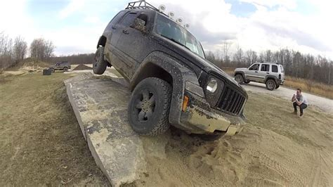 jeep liberty upgrades jeep liberty kk three wheelin obstacle course southington