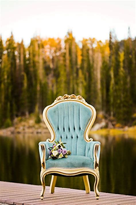 Chair Photography by 25 Best Ideas About Vintage Chairs On