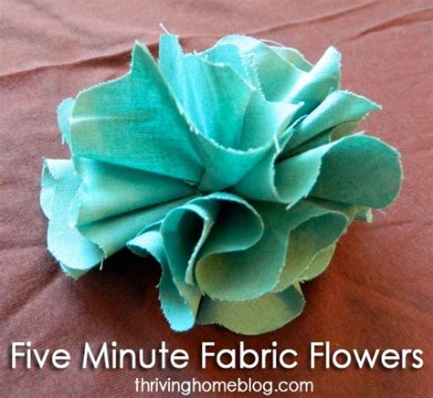 How To Make A Simple Flower Out Of Paper - best 25 fabric flowers ideas on diy clothes
