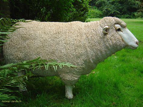 decoration de jardin animaux mouton debout en r 233 sine brebis t 234 te haute animal de la ferme jardin achat