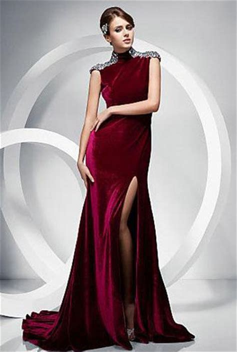 tll bayan kadife elbise modeli pictures to pin on pinterest saten kışlık abiye elbise modeli 150x150 kışlık abiye