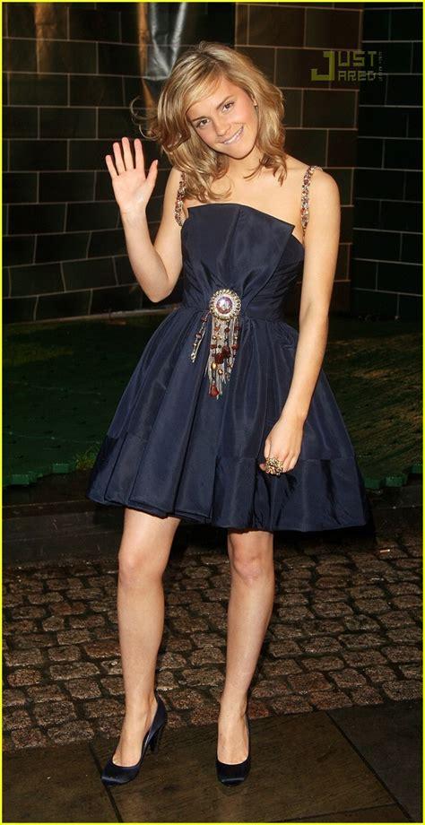 Watson Wears Chanel Again At The Harry Potter La Premier by Fashion Faceoff Watson In Chanel Photo 472201