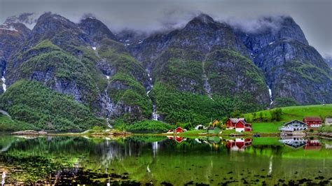 beautiful picture travel norway this holiday season