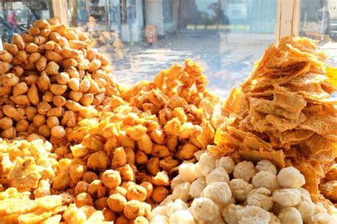 gorengan makanan  jajanan pemersatu bangsa indonesia