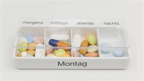 tabletten medikationsplan bei einnahme von mehr als drei
