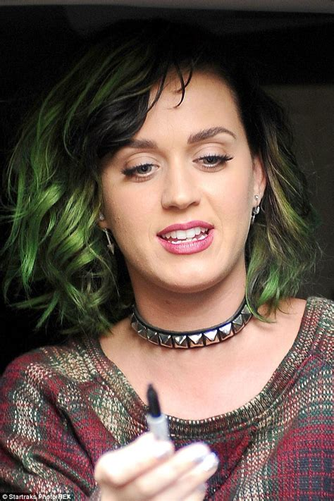 katy perry tattoo choker kim kardashian and rihanna try to bring back the choker