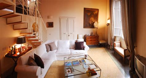 appartments in the city lucca apartment fontana holiday apartment in lucca city centre with air conditioning