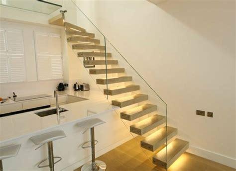 beleuchtung holztreppe freitragende treppe 40 moderne designideen