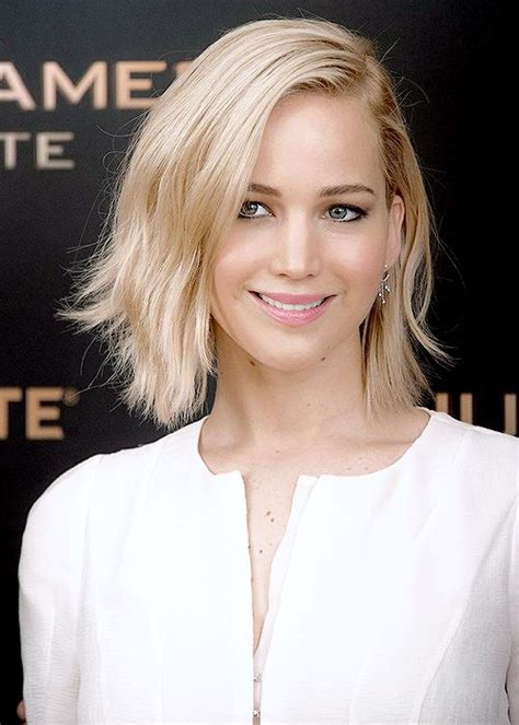 jennifer lawrence hair co or for two toned pixie best 25 jennifer lawrence blonde ideas on pinterest