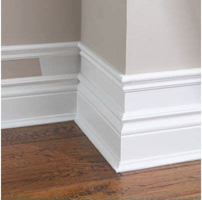 Baseboard For Wainscoting by 17 Best Ideas About Faux Wainscoting On