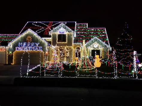 best holiday light displays best christmas light displays in fort wayne visit fort