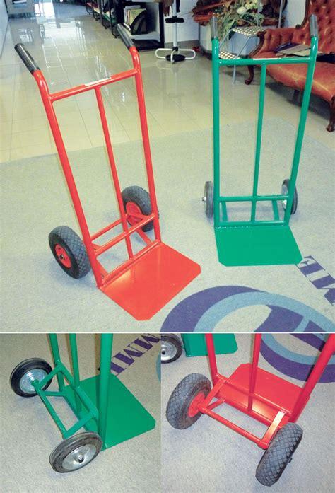 carrelli porta pacchi produzione fornitura carrelli manuali porta pacchi per