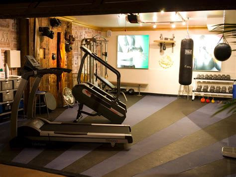 decorating home gym antonio s knock out gym makeover decorating and design ideas for interior rooms hgtv