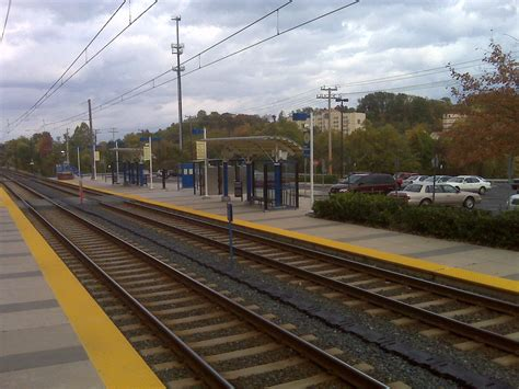 linthicum baltimore light rail station