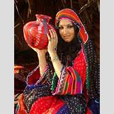 Traditional Dresses For Girls For Wedding | 300 x 400 jpeg 38kB