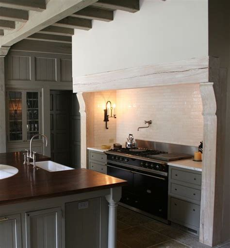 blue galley kitchen cottage kitchen arent pyke 1005 best k i t c h e n images on pinterest live