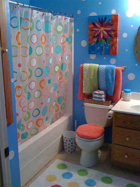 bathroom wall decorating ideas polka dot bathroom ideas