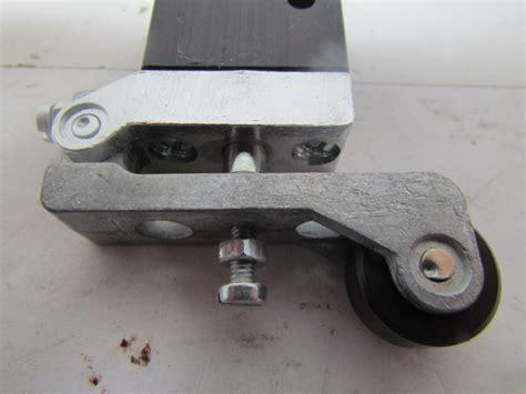 Limit Switchparker 404211000 pneumatic roller limit switch air valve 1 8 quot npt ports 3 way ebay