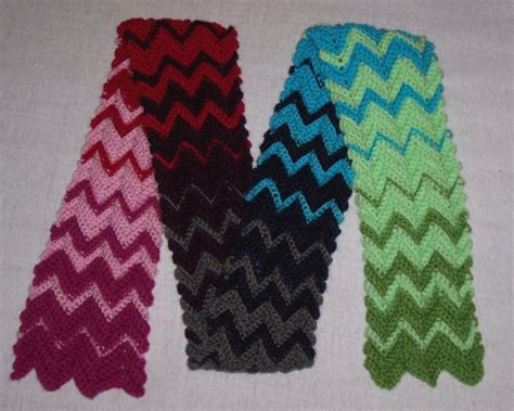 Easy Zig Zag Crochet Scarf Pattern | zigzag scarf free crocheting pattern knitcidents