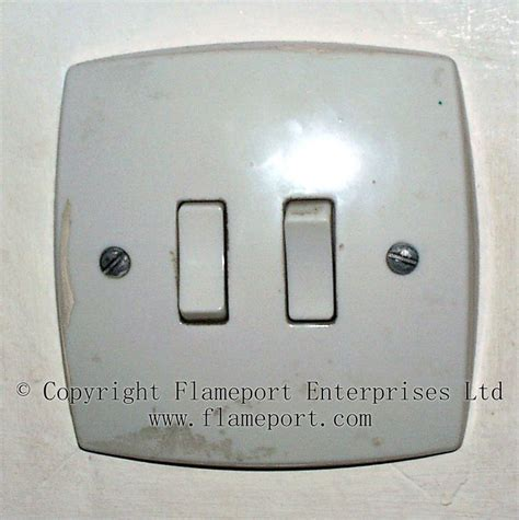 mem single and light switches