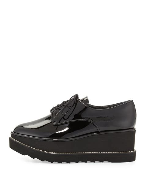 platform oxford shoes stuart weitzman pipekent patent platform oxford shoes in