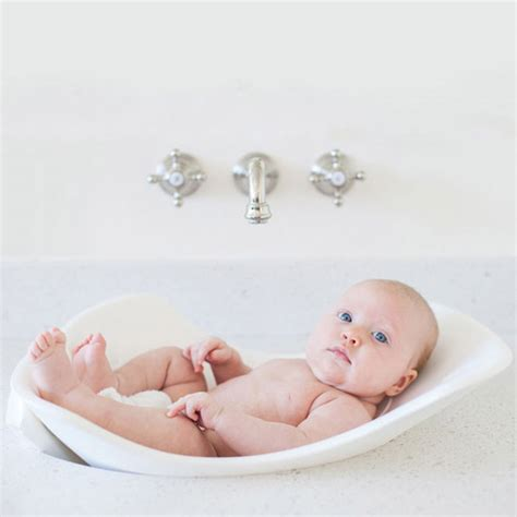 Babies In A Bathtub by 10 Alternatives To The Baby Bath S Grapevine