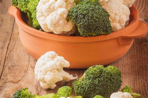 come cucinare i broccoli in padella come cucinare i broccoli in modo dietetico 3 ricette donnad