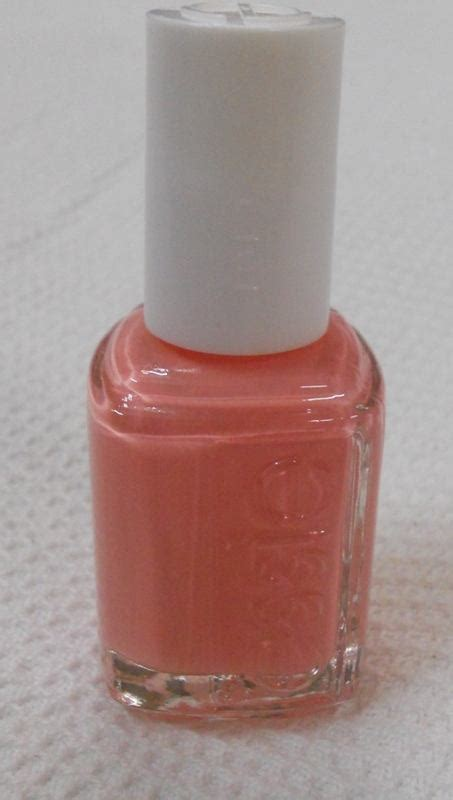 Essie Every Minute essie every minute nail review