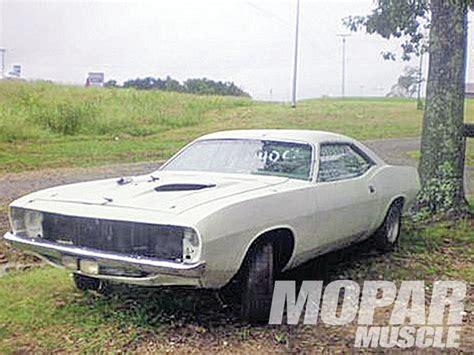 1973 barracuda on trailer photo 4