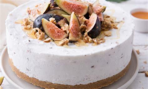 ricetta gelato fior di latte la ricetta della torta gelato fior di latte con noci e