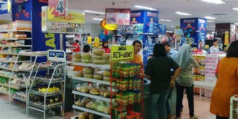 Plastik Di Supermarket Konsumen Ramayana Tak Komplain Kebijakan Plastik Berbayar