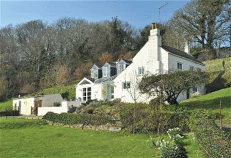 cornwall cottages for sale pretty house in south east cornwall country