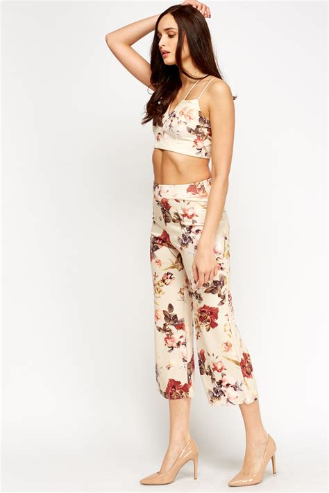 Spike Set Topculottes floral crop top and culottes set just 163 5