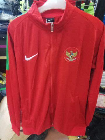 Jaket Tracker Timnas Indonesia jaket bola timnas indonesia merah 2017 jersey bola grade ori murah