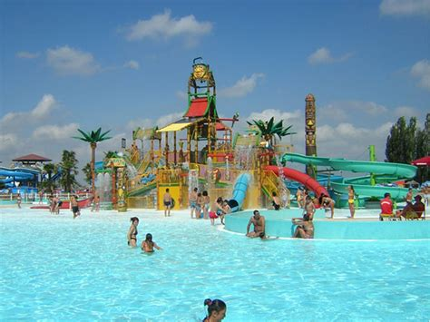 Water Parks 301 Moved Permanently