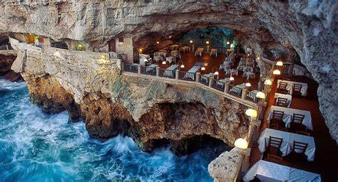 restaurant built   italian cave lets  dine