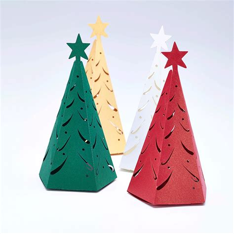 christmas tree favour boxes  winter weddings